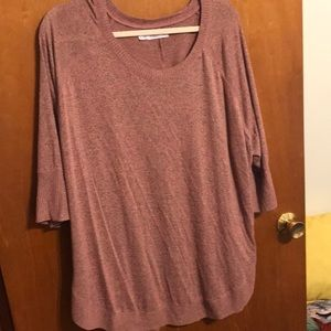 Maurice's size 3. 3/4 length top